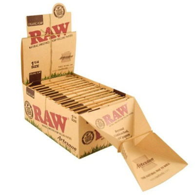 RAW Organic Artesano 1¼ Size Rolling Papers & Tips