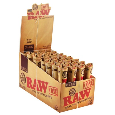 32 RAW Classic 1¼ Size 6 Pack Pre-Rolled Cones Full Box