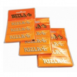 3 Rizla Liquorice Regular Rolling Papers Hanger Pack